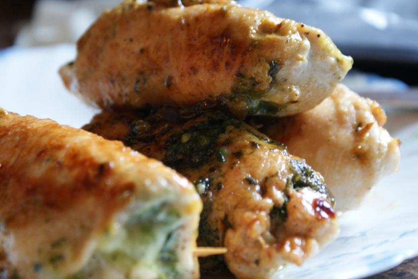 Roladki z piersi kurczaka z mozarellą i szpinakiem
