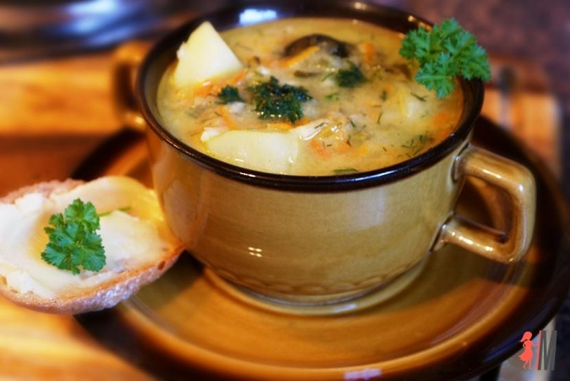Zupa ogórkowa przepis
