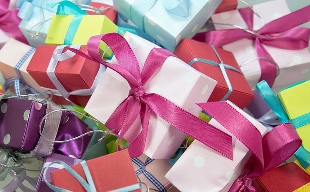 Jak zapakować prezent ?