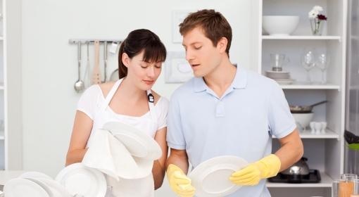 Podział obowiązków domowych, jak to wygląda w praktyce?
