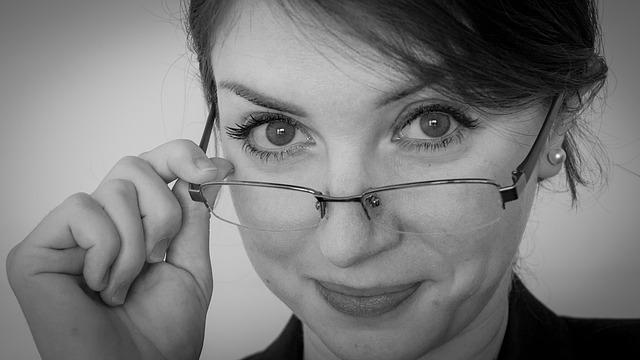 Jak dobrać okulary do twarzy?