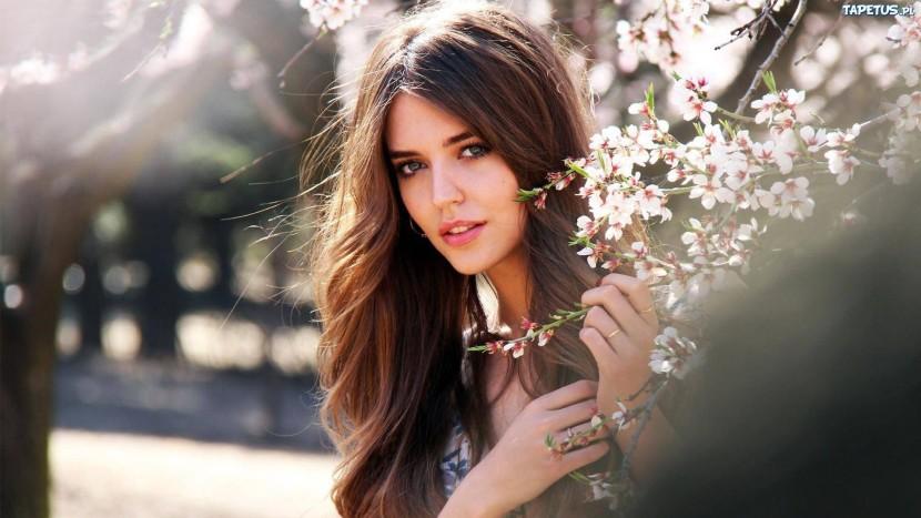Jak być piękną kobietą – 10 trików, dzięki którym zawrócisz mu w głowie