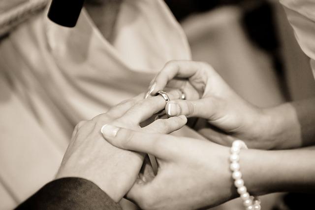 Ślubne przesądy, 15 zabobonów, które powinnaś znać