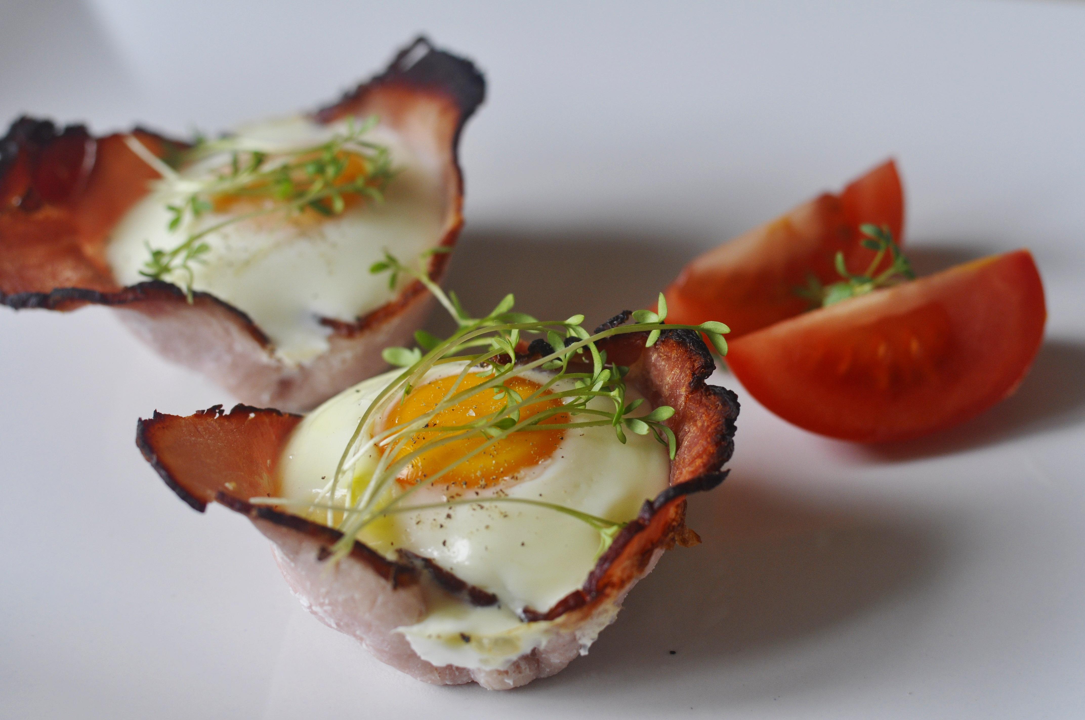 Pieczone Jajka Na Szynce Pomysł Na Pyszne śniadanie Mam