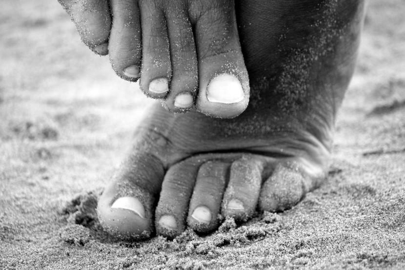 Jak walczyć i unikać zakażenia grzybicą stóp?
