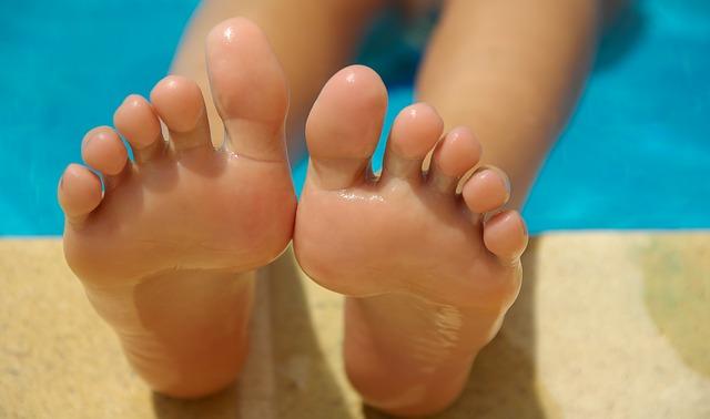 4 sposoby na ładne stopy
