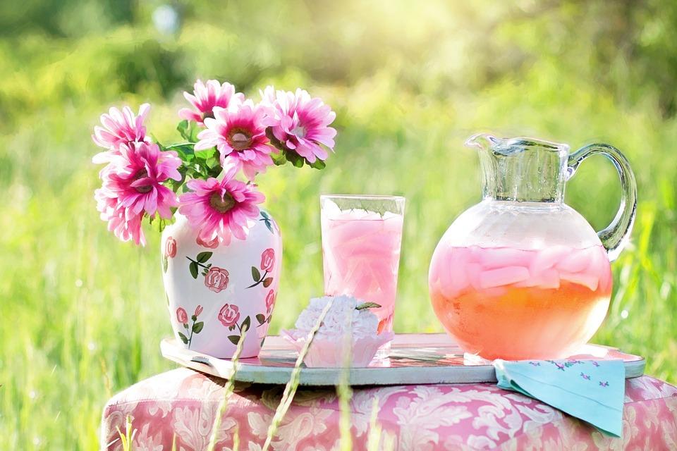 Zdrowe napoje – co pić latem, i nie tylko?