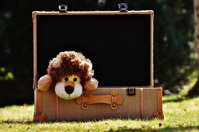 Zabawki na podróż – co spakować, żeby się nie nudzić