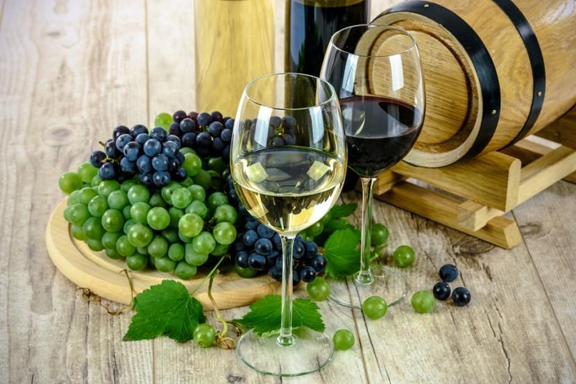 Dobre wina – jak je wybrać, z czym podawać, jakie są ich rodzaje?