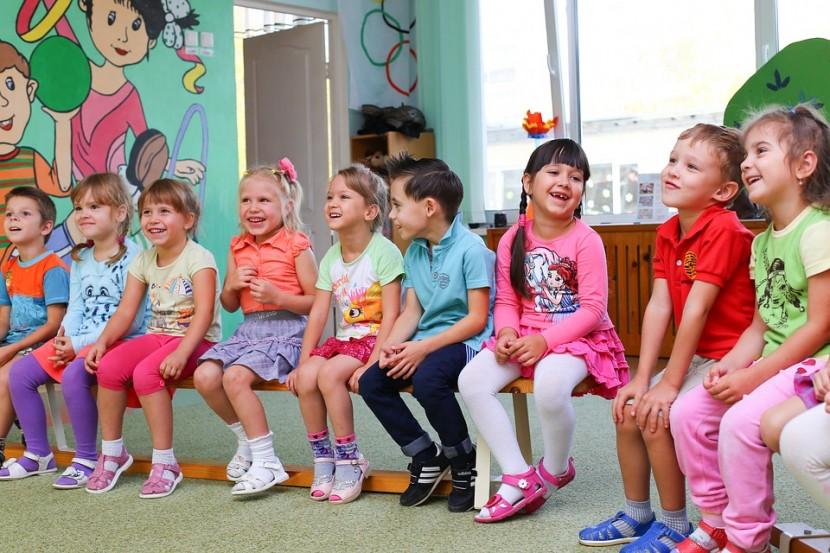 Dzieci w przedszkolu – dlaczego warto chodzić do przedszkola?