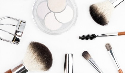Kosmetyki dla kobiety – absolutny, codzienny must have