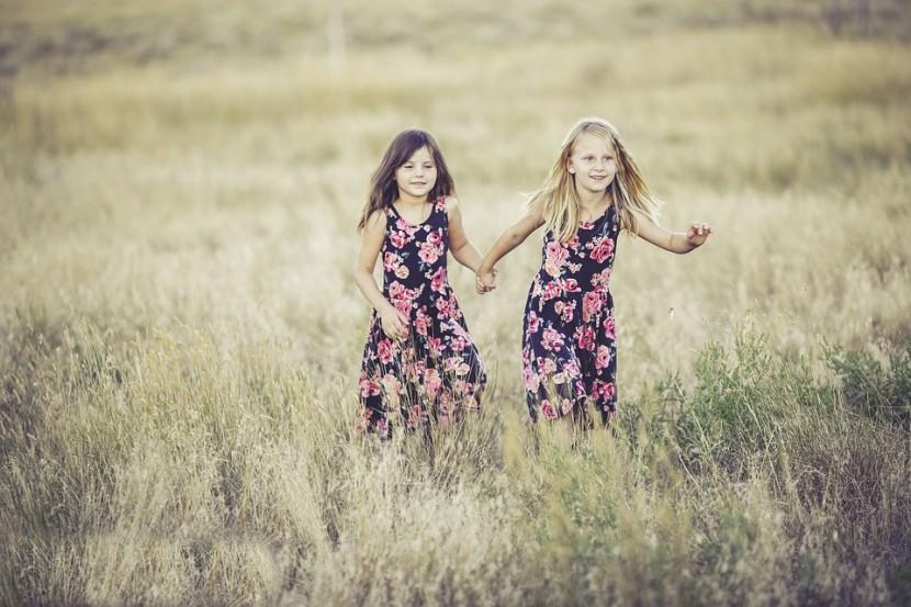 """Rodzeństwo – czy warto je """"sprawić"""" dziecku i jak mu o tym powiedzieć?"""